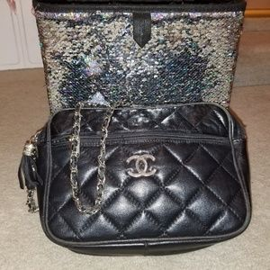 Chanel (Ladies purse)